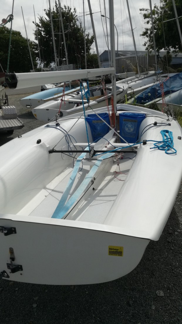 420 Nautivela double simple trapèze occasion dériveur services