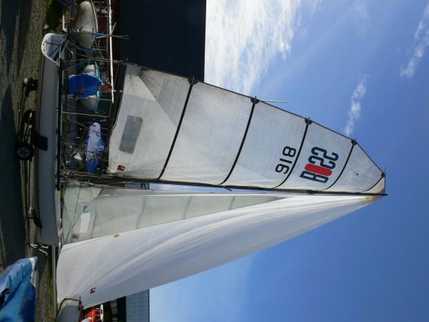 Boss double trapèze skiff occasion dériveur services (13)