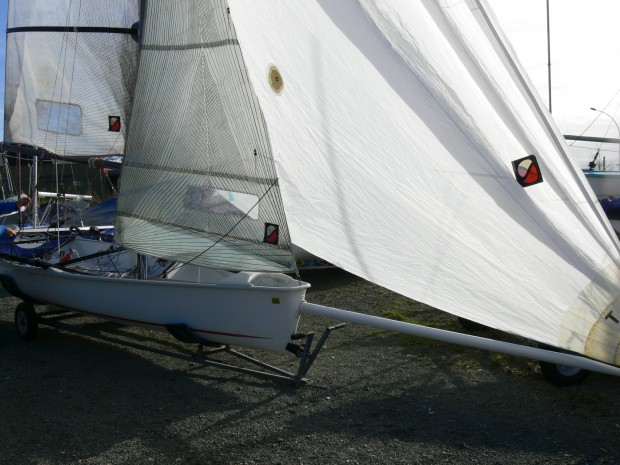 Boss double trapèze skiff occasion dériveur services (7)