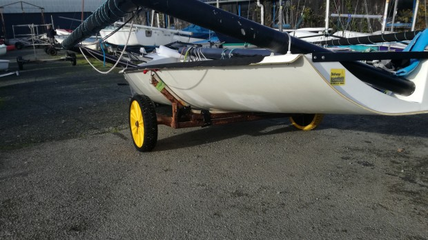 RS600 bon état solitaire skiff trapèze occasion dériveur services